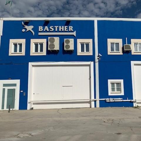 Fachada Basther